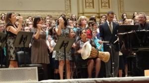 Lilia Valente e regentes brasileiros na precussão no Carnegie Hall